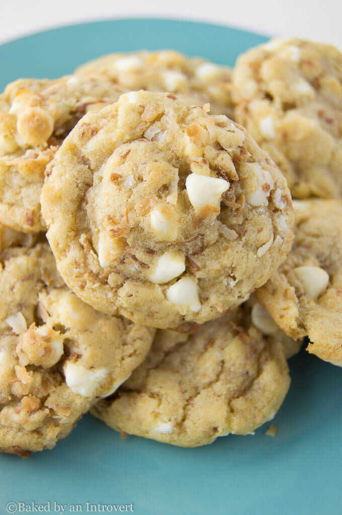 Toasted-Coconut-White-Chocolate-Chip-Cookies-1